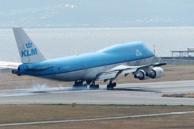山河 彩さんが、関西国際空港で撮影したKLMオランダ航空 747-406の航空フォト(飛行機 写真・画像)