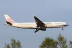 Echo-Kiloさんが、新千歳空港で撮影したチャイナエアライン A330-302の航空フォト(写真)