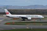 Dojalanaさんが、新千歳空港で撮影した日本航空 777-289の航空フォト(写真)