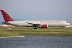 OMAさんが、岩国空港で撮影したオムニエアインターナショナル 767-3Q8/ERの航空フォト(飛行機 写真・画像)
