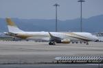 kurubouzuさんが、関西国際空港で撮影したMGMミラージュ ERJ-190-100 ECJ (Lineage 1000)の航空フォト(写真)