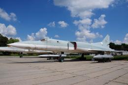 ちゅういちさんが、キエフ・ジュリャーヌィ国際空港で撮影したウクライナ空軍 Tu-22Mの航空フォト(飛行機 写真・画像)