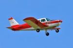 hidetsuguさんが、札幌飛行場で撮影した日本個人所有 PA-28-140 Cherokeeの航空フォト(写真)