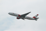 garrettさんが、香港国際空港で撮影したオーストリア航空 777-2B8/ERの航空フォト(写真)