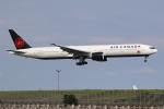 やまけんさんが、羽田空港で撮影したエア・カナダ 777-333/ERの航空フォト(写真)