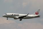ハピネスさんが、伊丹空港で撮影したジェイ・エア ERJ-170-100 (ERJ-170STD)の航空フォト(写真)