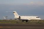 VIPERさんが、羽田空港で撮影したEemperor Aviation BD-700-1A11 Global 5000の航空フォト(写真)