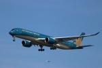 imosaさんが、羽田空港で撮影したベトナム航空 A350-941XWBの航空フォト(写真)