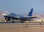 KAZKAZさんが、マッカラン国際空港で撮影したジェットブルー A320-232の航空フォト(写真)