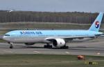 Dojalanaさんが、新千歳空港で撮影した大韓航空 777-3B5/ERの航空フォト(写真)