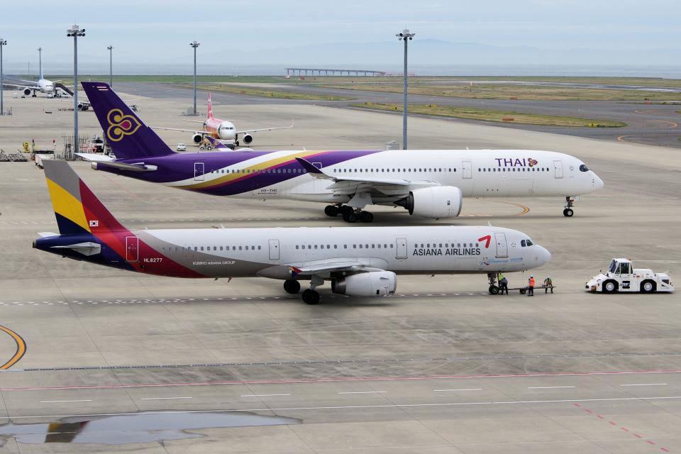 yabyanさんのアシアナ航空 Airbus A321 (HL8277) 航空フォト