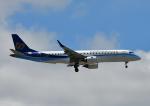 じーく。さんが、成田国際空港で撮影したマンダリン航空 ERJ-190-100 IGW (ERJ-190AR)の航空フォト(飛行機 写真・画像)