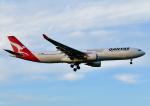 じーく。さんが、成田国際空港で撮影したカンタス航空 A330-303の航空フォト(飛行機 写真・画像)