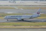 eagletさんが、羽田空港で撮影したJALエクスプレス 737-846の航空フォト(写真)