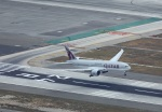 garrettさんが、ロサンゼルス国際空港で撮影したカタール航空 777-2DZ/LRの航空フォト(写真)