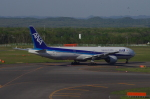 eagle-driver1998さんが、新千歳空港で撮影した全日空 777-381の航空フォト(写真)