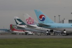 eagle-driver1998さんが、新千歳空港で撮影した大韓航空 747-4B5の航空フォト(写真)