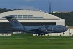 HISAHIさんが、嘉手納飛行場で撮影したアメリカ空軍 C-17A Globemaster IIIの航空フォト(写真)