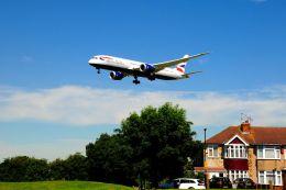 まいけるさんが、ロンドン・ヒースロー空港で撮影したブリティッシュ・エアウェイズ 787-9の航空フォト(写真)