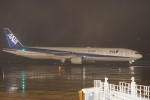 神宮寺ももさんが、高松空港で撮影した全日空 777-381の航空フォト(写真)