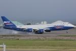 いっとくさんが、小松空港で撮影したシルクウェイ・ウェスト・エアラインズ 747-83QFの航空フォト(写真)