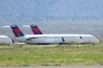 KAZKAZさんが、キングマン空港で撮影したエクスプレスジェット・エアラインズ CL-600-2B19 Regional Jet CRJ-200ERの航空フォト(写真)