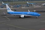 k-spotterさんが、アムステルダム・スキポール国際空港で撮影したKLMオランダ航空 737-8K2の航空フォト(写真)