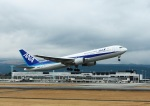 garrettさんが、熊本空港で撮影した全日空 767-381の航空フォト(写真)