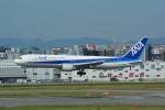 LEGACY-747さんが、福岡空港で撮影した全日空 767-381の航空フォト(写真)