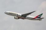 トールさんが、香港国際空港で撮影したエミレーツ航空 777-F1Hの航空フォト(写真)
