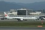 garrettさんが、伊丹空港で撮影した日本航空 777-346の航空フォト(写真)