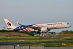 キハ28さんが、成田国際空港で撮影したマレーシア航空 A350-941XWBの航空フォト(写真)