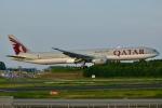 キハ28さんが、成田国際空港で撮影したカタール航空 777-3DZ/ERの航空フォト(写真)