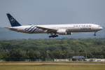 KAMIYA JASDFさんが、新千歳空港で撮影した大韓航空 777-3B5/ERの航空フォト(写真)