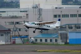 しんさんが、仙台空港で撮影した共立航空撮影 208B Grand Caravanの航空フォト(写真)