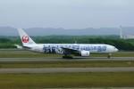 しんさんが、新千歳空港で撮影した日本航空 777-289の航空フォト(写真)