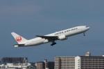 しんさんが、伊丹空港で撮影した日本航空 777-289の航空フォト(写真)