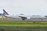 よしポンさんが、成田国際空港で撮影したエールフランス航空 777-328/ERの航空フォト(写真)