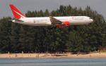 hs-tgjさんが、プーケット国際空港で撮影したロイヤル・フライト 767-3Q8/ERの航空フォト(写真)