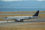 T.Sazenさんが、関西国際空港で撮影したエンブラエル ERJ-190-100 ECJ (Lineage 1000)の航空フォト(写真)