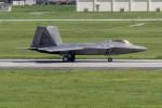 チャッピー・シミズさんが、嘉手納飛行場で撮影したアメリカ空軍 F-22A Raptorの航空フォト(写真)