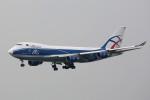 トールさんが、香港国際空港で撮影したカーゴロジックエア 747-446F/SCDの航空フォト(写真)