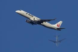 飛行機ゆうちゃんさんが、羽田空港で撮影したジェイエア ERJ-190-100(ERJ-190STD)の航空フォト(飛行機 写真・画像)