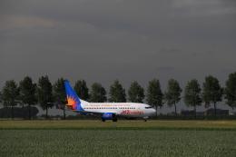 ケンジウムさんが、アムステルダム・スキポール国際空港で撮影したジェット・ツー 737-33Aの航空フォト(飛行機 写真・画像)
