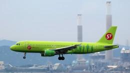 westtowerさんが、香港国際空港で撮影したS7航空 A320-214の航空フォト(写真)