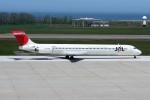 もぐ3さんが、新潟空港で撮影した日本航空 MD-90-30の航空フォト(飛行機 写真・画像)