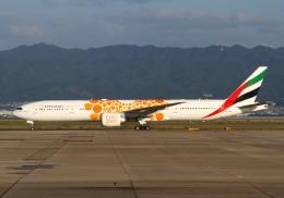 航空フォト:A6-ECD エミレーツ航空 777-300