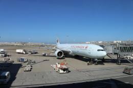 ババックンさんが、羽田空港で撮影したエア・カナダ 777-333/ERの航空フォト(飛行機 写真・画像)
