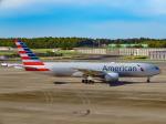 万華鏡AIRLINESさんが、成田国際空港で撮影したアメリカン航空 777-223/ERの航空フォト(写真)