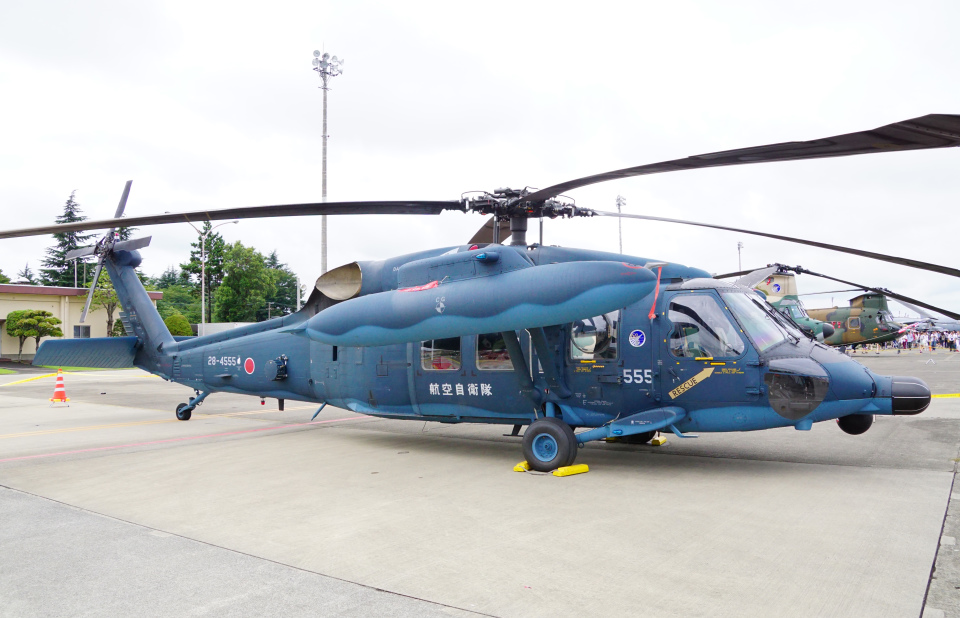 ちゃぽんさんの航空自衛隊 Mitsubishi UH-60J (28-4555) 航空フォト